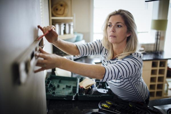 Люди, проводящие инспекции домов