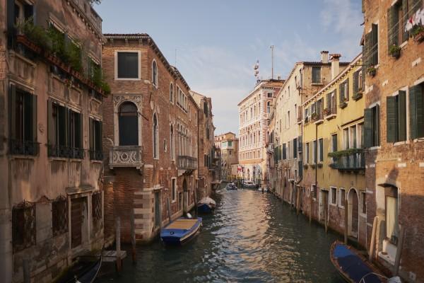 знаменитые города по всему миру: венецианский канал